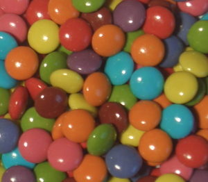 Mini Choc Coloured Beans (Re-Seal Tub) 2kg